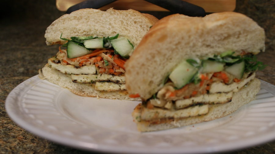 Vegan banh mi. Photo by Vyingforveganism.com.